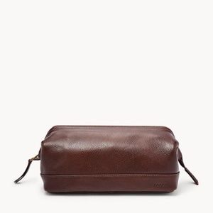 NWOT Leather Fossil Travis Travel Toiletry Kit